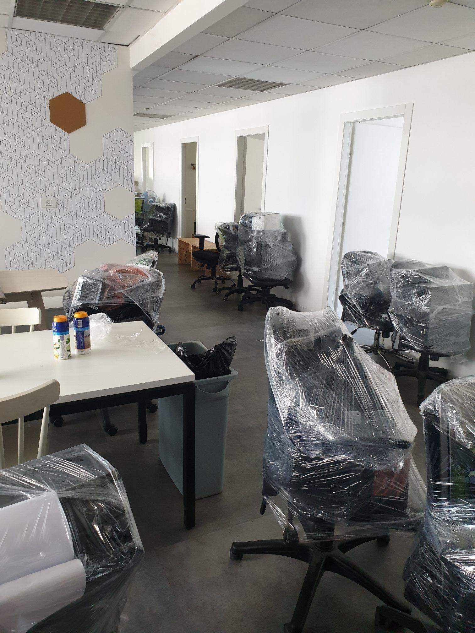 תמונה של מעבר משרד עם חברת באקו הובלות
